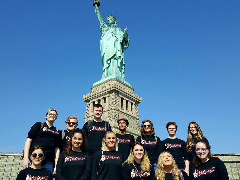 FHS Select Choir in NYC